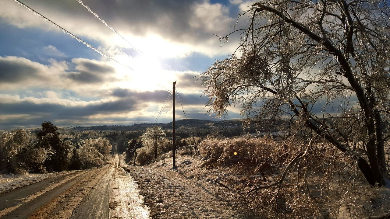 Dramatic Sky Sunbeam Dirtroads Ice Storm Outdoors Canadianwinter Roadside Eye For Photography EyeEmNewHere The Great Outdoors - 2017 EyeEm Awards