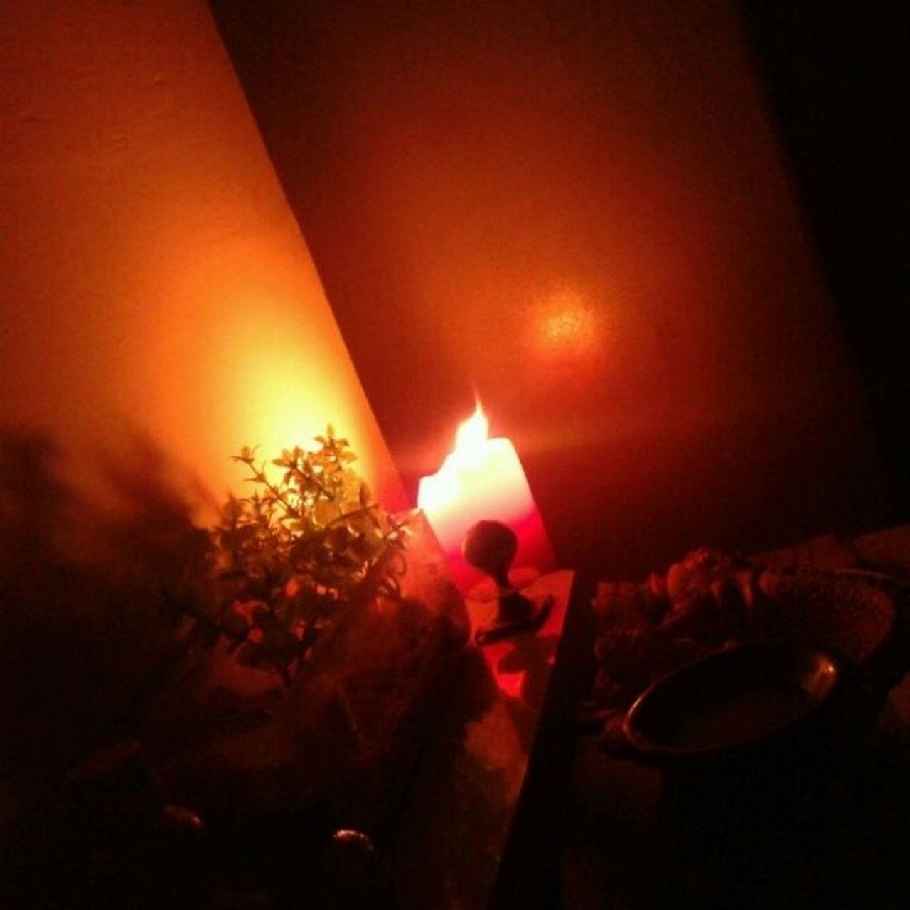 Aura and Agani Lights Red Candels Fire Mycrib Cosy @_milin
