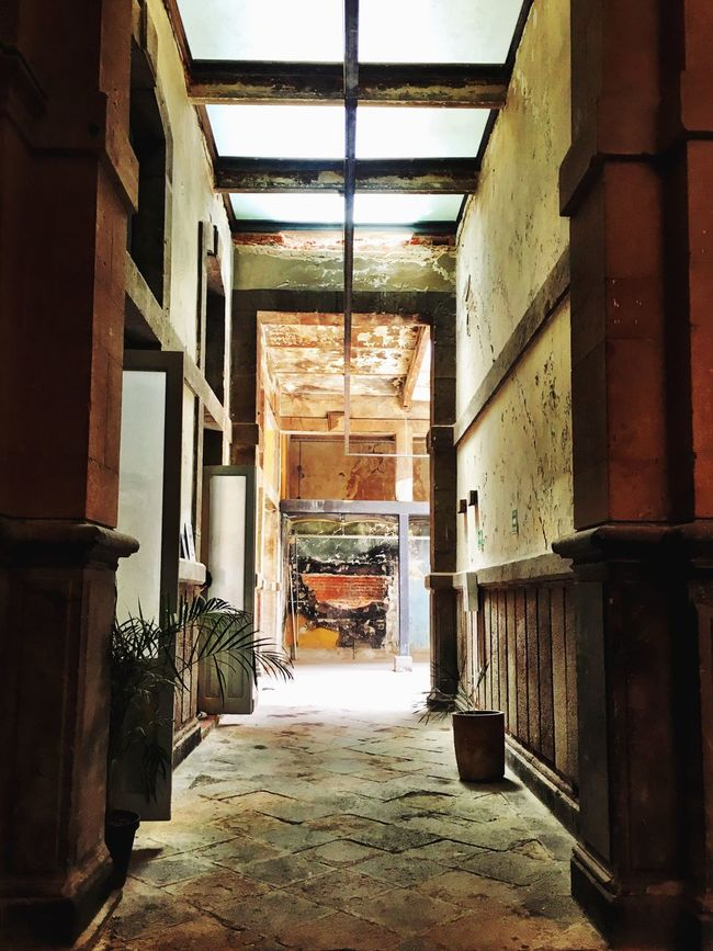Hallways Intriguing Spooky Beautiful Architecture