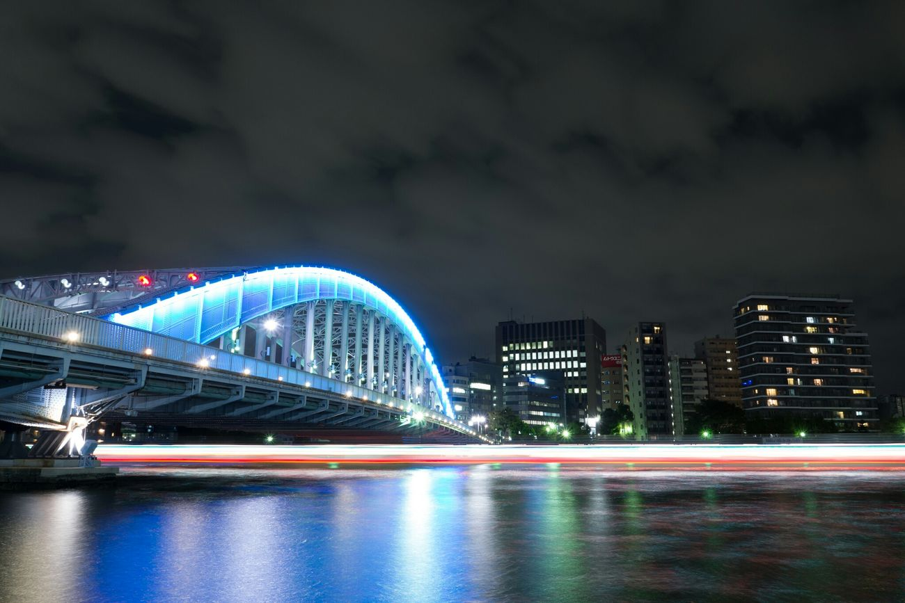 永代橋の下を通過する屋形船 Bridge Ship Boat Long Exposure Light Night Lights Nightphotography Night View Light And Shadow Olympus