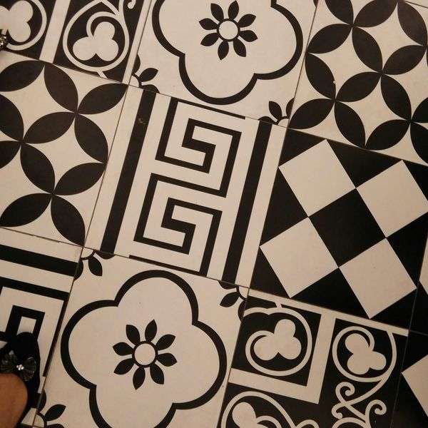 Geometrical Patterns Black And White Classic Pattern Club One
