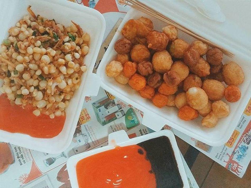 Hãy ăn thêm đi nào các chị em ơi 🎶🎶🎶 Vscocam Vscovietnam VSCO Foodporn Foodie Streetfood Friedcorn Friedfishball Bắpxào Cavienchien So Yummy