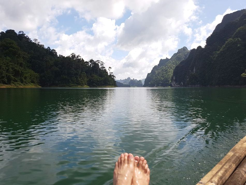 Nature Water Fafting Water Reflections Green Alone Relax Destination Travel Holiday Landscape Samsung Galaxy S7 Edge Thailand Lake Dam Lifestyle Slowlife Life Nature Lover Sky Human Body Part Foot