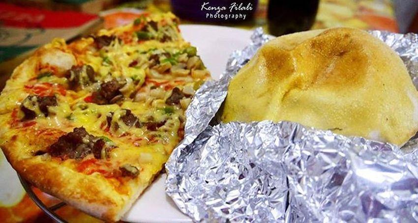 Foodies Goodies Foodie Food Foodphotographer Yumm Yummyinmytummy Yummyfood Pizzatime Delicious Foodphotography Instafoods Foodshots Like4likes All_shots Allphotos Toptags