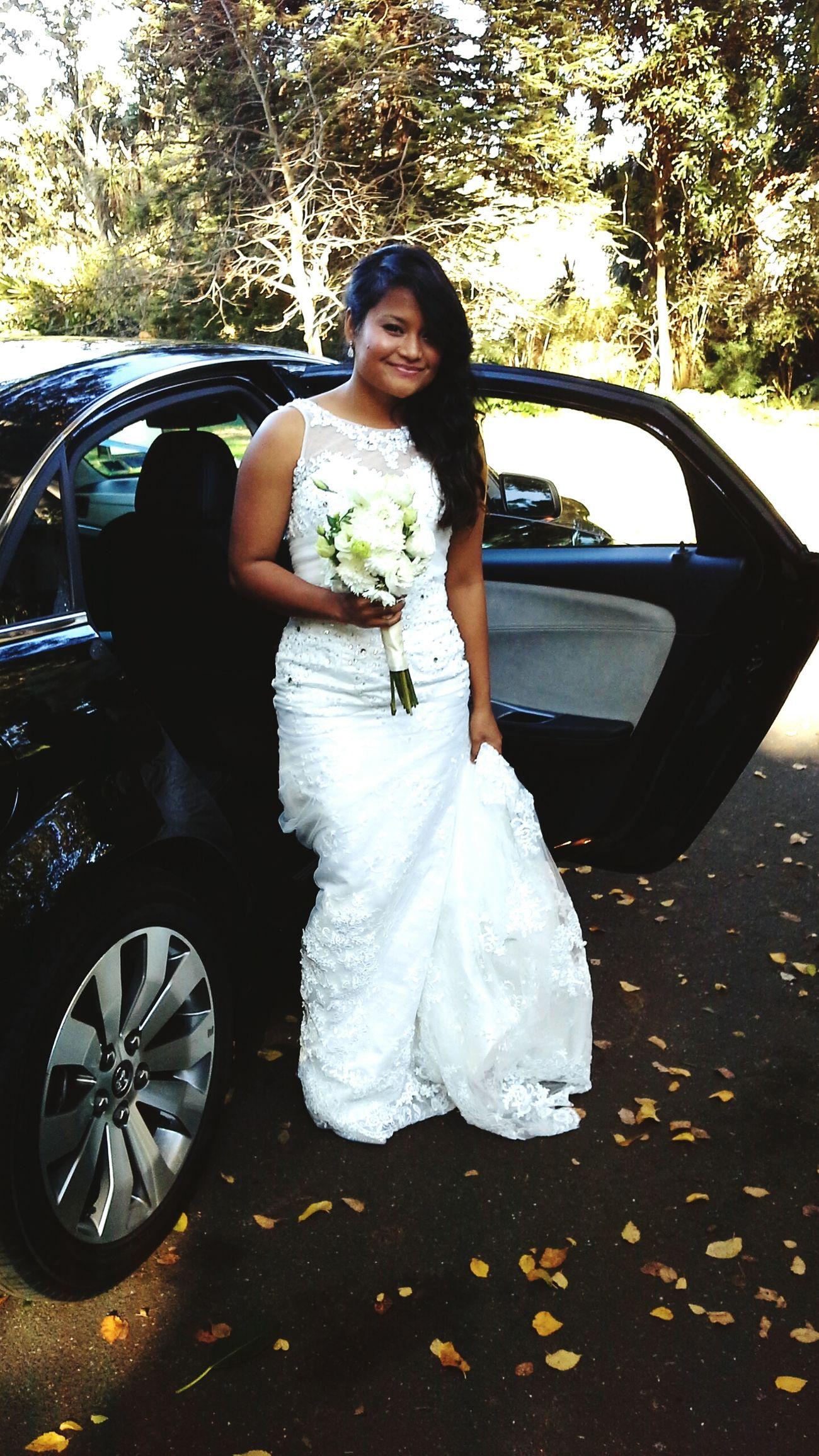 White&green Garden Wedding Dress Romantic Flowers Bouquet