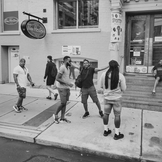Full Length City Life City Men Leisure Activity Building Exterior Day Group Of People Architecture Adult Friendship People Real People Outdoors Young Adult Adults Only Streetphotography Street Street Photography Streetphoto_bw