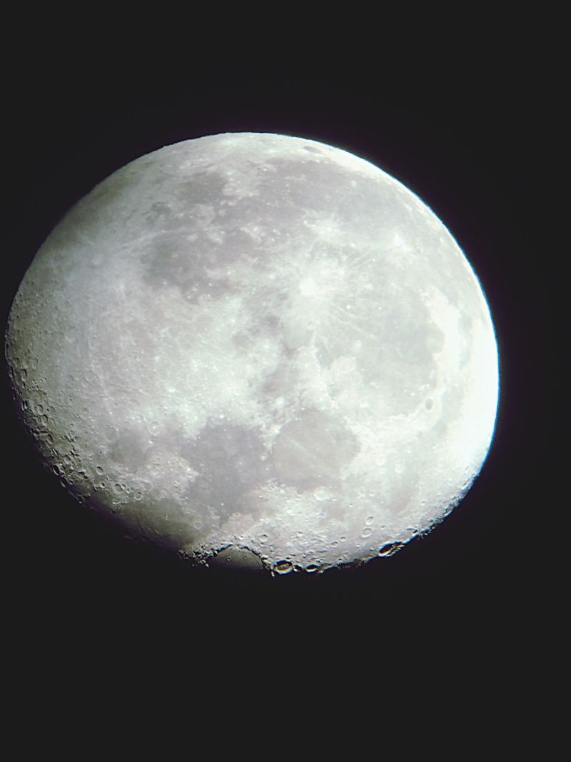 Super moon seen with a high power scope at Garland Regional Park at Carmel Valley last night Full Moon