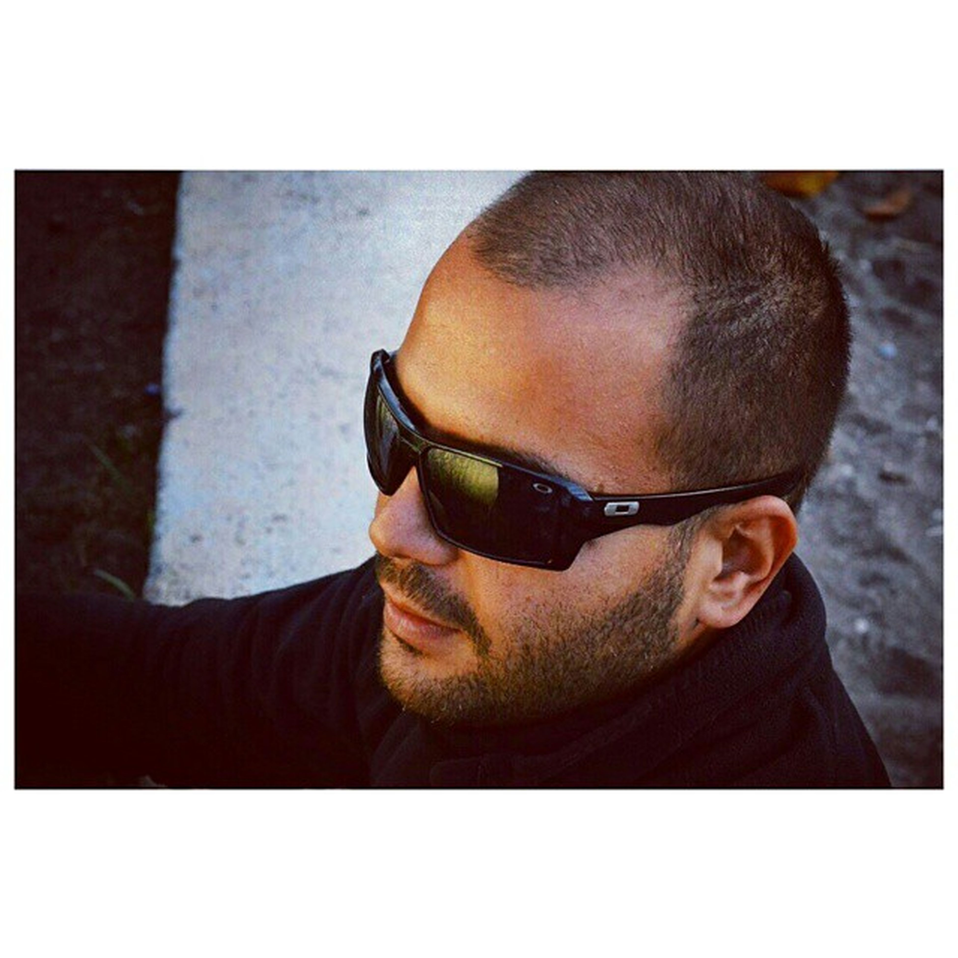 transfer print, lifestyles, young adult, young men, auto post production filter, looking at camera, person, leisure activity, sunglasses, portrait, headshot, front view, casual clothing, mid adult, mid adult men, close-up, head and shoulders, men