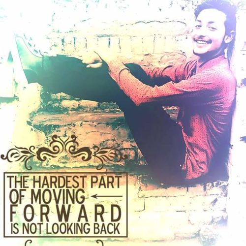 Enjoying Life Just Smiling That's Me Alone Relaxing Chill Mode:) Check This Out Model Type Todays Hot Look No One Like Me  Street Fashion Self Portriot What Does Freedom Mean To You?