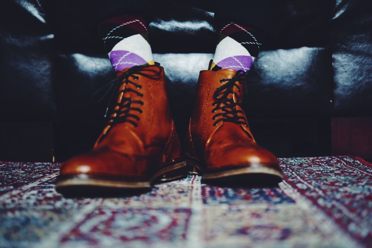 Lieblingsteil Fashion Lifestyles Human Leg Shoe One Person Low Section Indoors  Close-up Man Human Body Part Fashion Fashion Photography Style Real People Colors Socks Cool Elegance Everywhere
