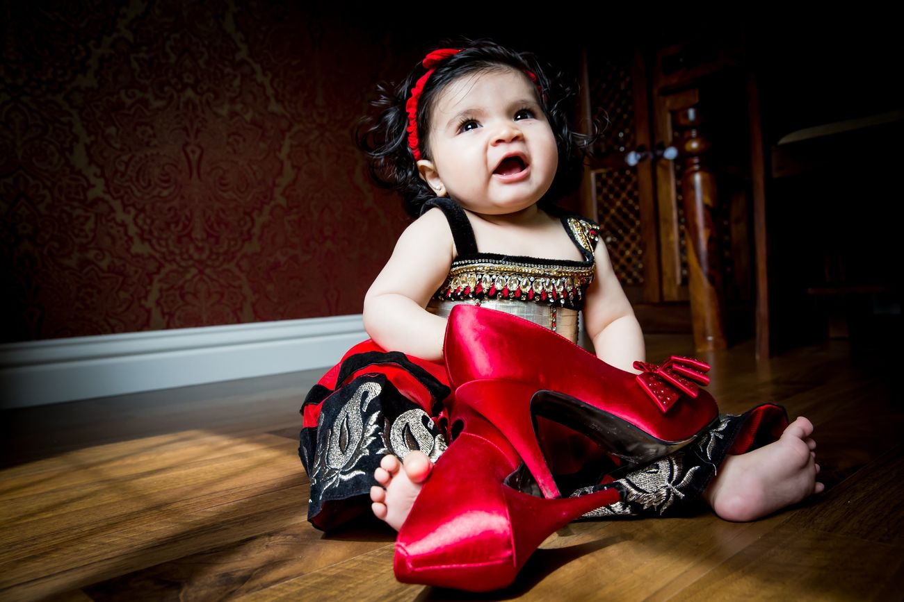 Shoe addiction starts early Family Baby Photography Dharmaimages Shoot@home Shoot@home Eyembestshots TheWeekOnEyeEM
