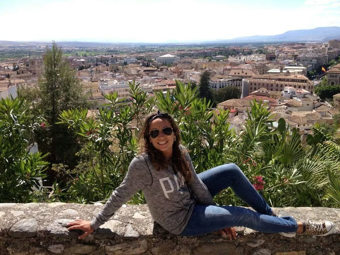 Granada mágica ★. Magic World That's Me Enjoying Life