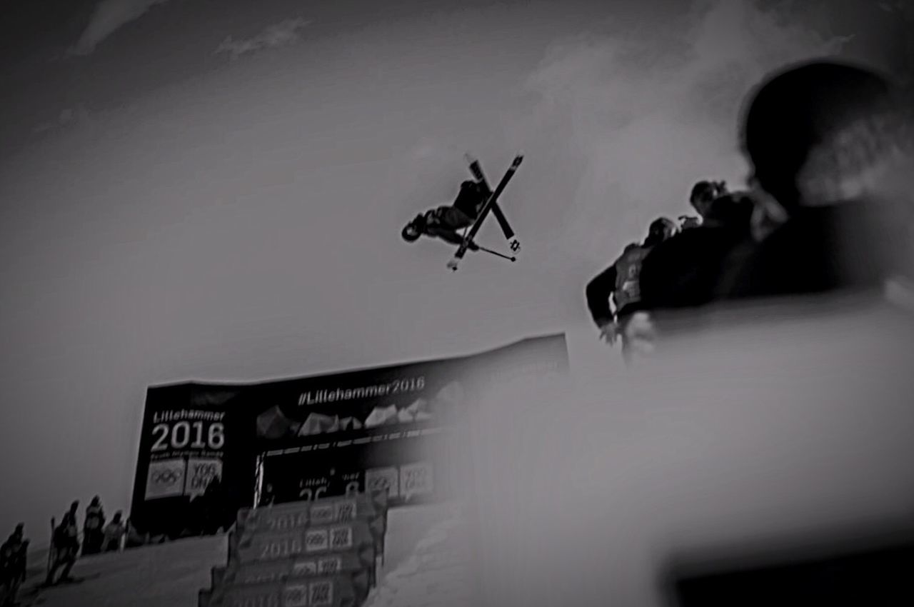 Showcase: February Sport Bnw Bnw_friday_eyeemchallenge Oslo Freeskiing Superpipe Oslo Norway Lillehammer2016 Bnw_captures Yogdna Black And White Photography Capture The Moment Skiing The Tourist Oslovinterpark