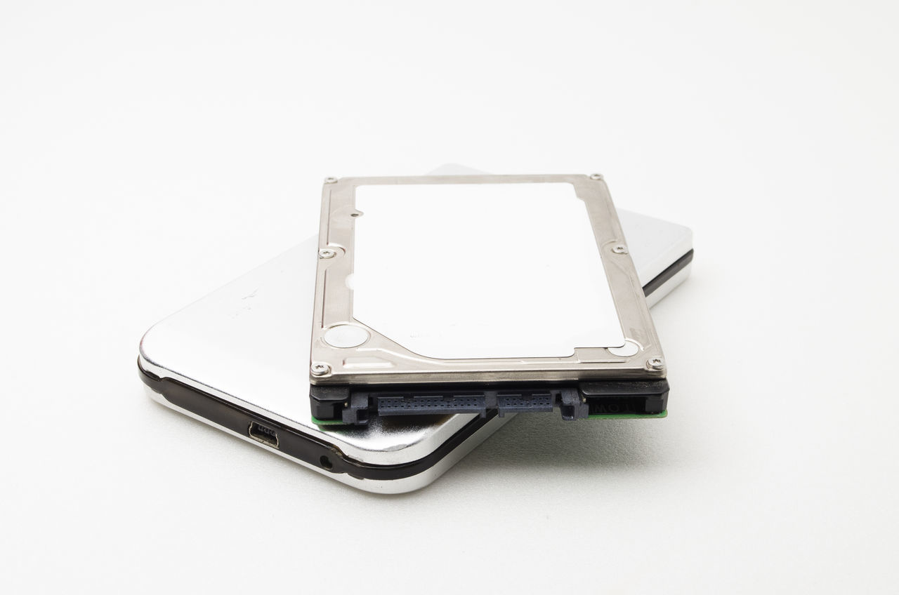 Close-up Hard Disk Hdd No People Portable Information Device Technology Technology, White Background
