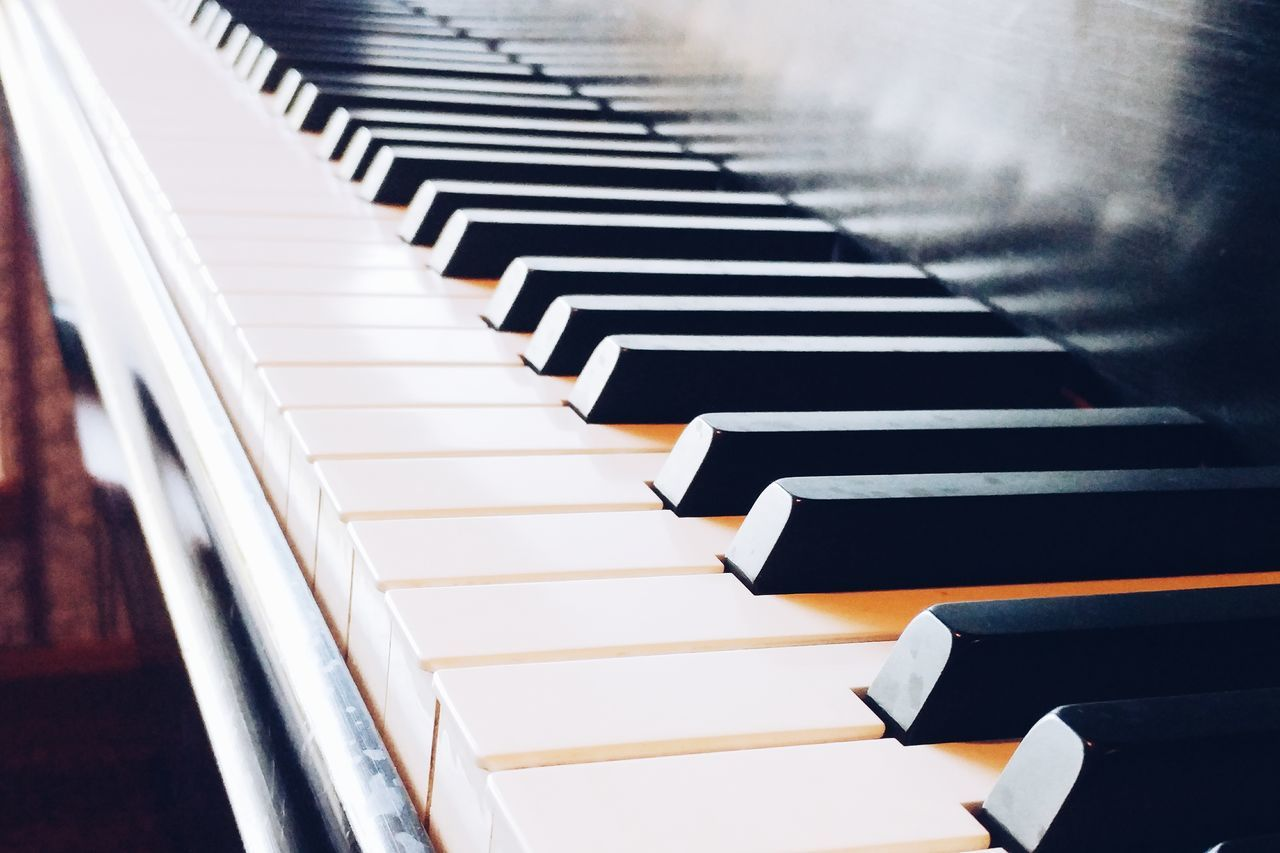 Music Musical Instrument Piano Key Piano Arts Culture And Entertainment Indoors  No People Close-up Day VSCO Cam VSCO LG Phone Camera LGG5 Lgg5photography Mobile Phone Photography Pure Michigan Abstractions Studio Shot Directly Above Minimalist Photography  High Angle View Ruler