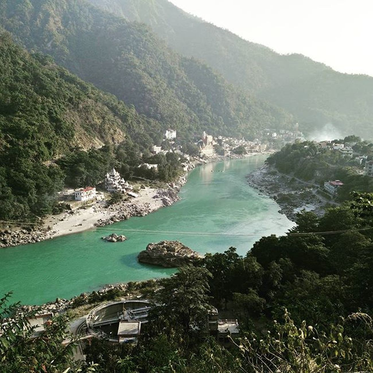 The river showcasing what I've become ... Calm on the surface but turbulent inside.. GrowingTooFast Lifequotes Instapic Naturelovers Wildlife PhonePhotography Oneplusonephotography HDP PassingBy Fromthehills Mobilephotography Journey Lifelikethis Theganges Lessonslearned Rishikeshdiaries Riverquotes Randomthought Capturedwhiledriving Nofilterneeded Naturelessons Greenfreak Traveller Hills Riding amateurphotographer aspiringphotographer greenwater greenfreak grammasters3