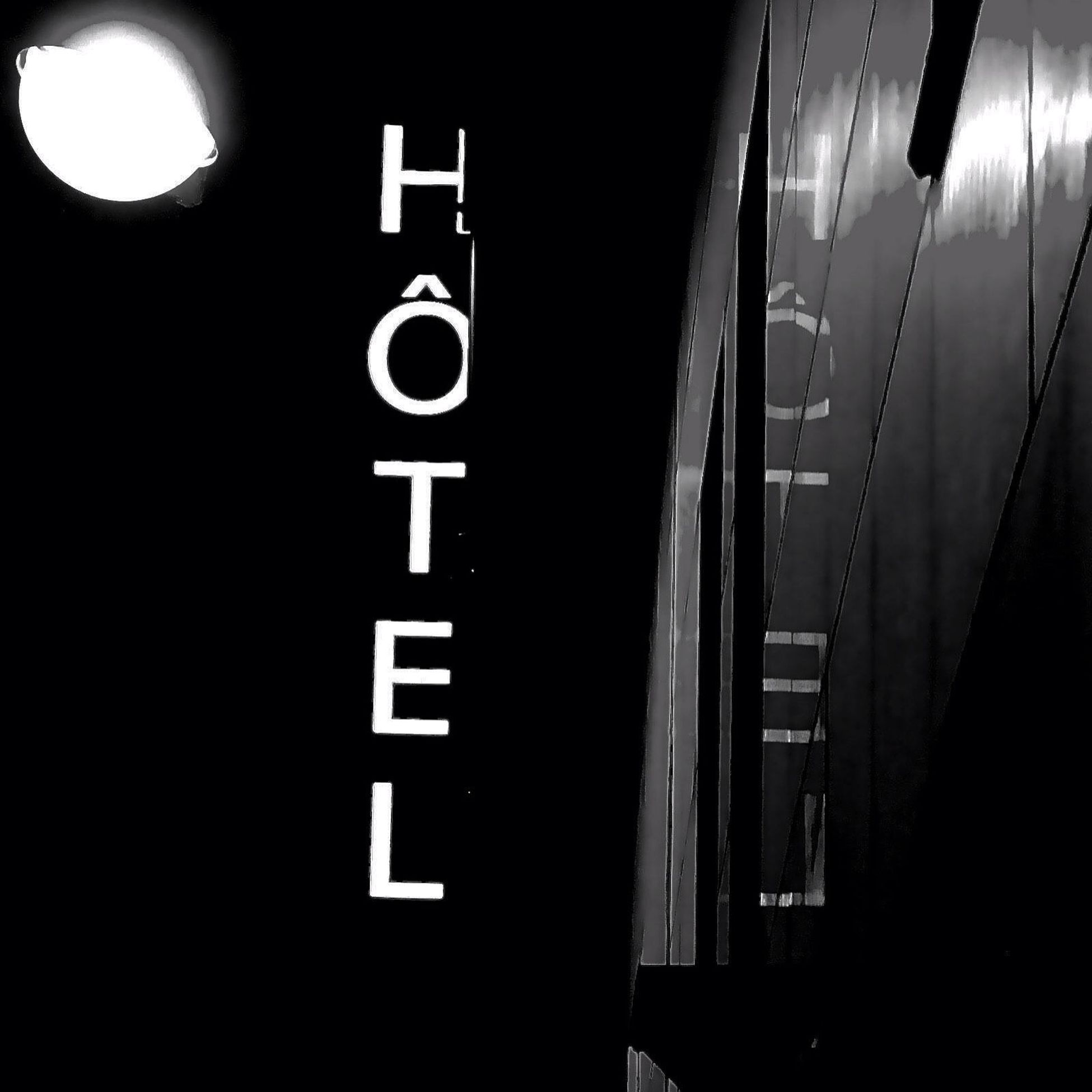 Myhotelproject Dansmonoeil Juliepeiffer Streetphoto Blackandwhite Photography Paris, France