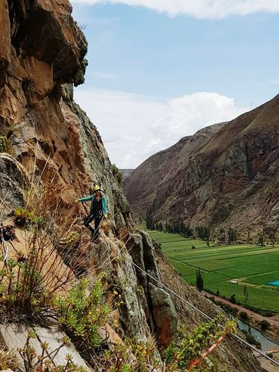 Montaña kuno Nature Mountain Beauty In Nature Sky Outdoors Day One Person Adult Women Cuzco - Peru Cuzco Cusco, Peru Cusco Climbing Climbing A Mountain First Eyeem Photo