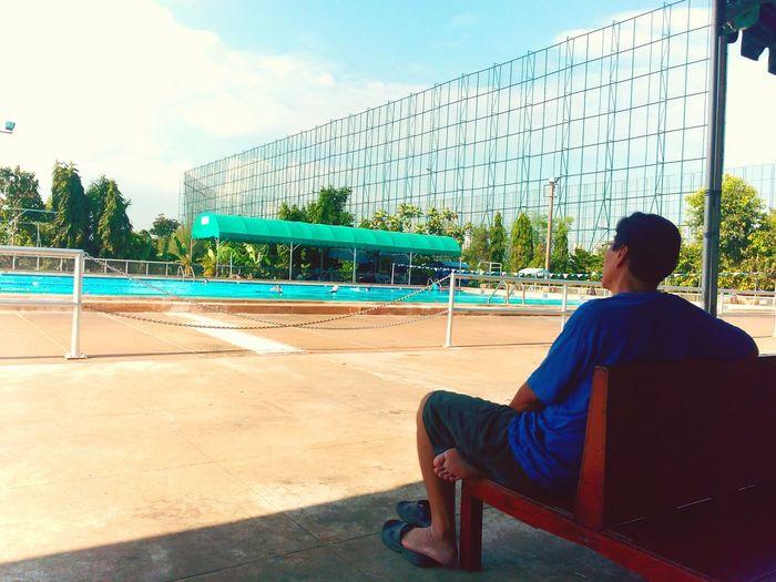 Chill Chillout Seetheworld  SeeTheSky Swimming Pool Someone Emeyebestshot Enjoying Life Light And Shadow The Week On EyeEm