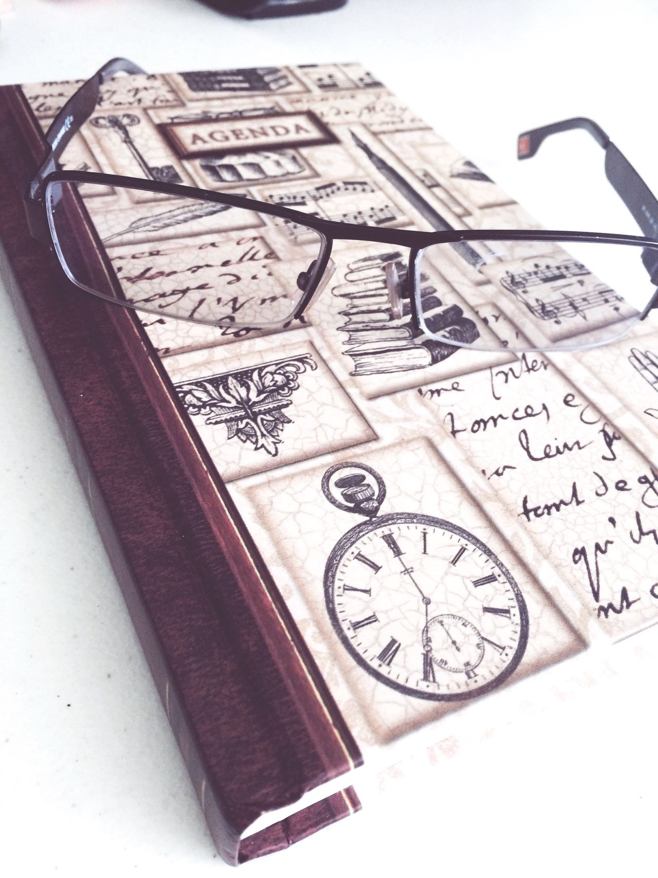 Book Books ♥ Clock Day Diary Glasses Minute Hand Time