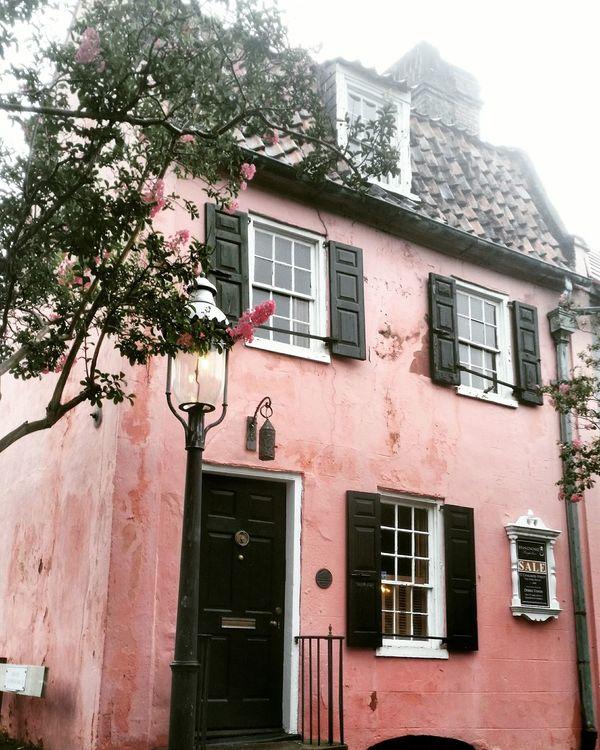 Pinkhouse07.17.2016,the oldesthousein charleston,south carolina Traveling First Eyeem Photo