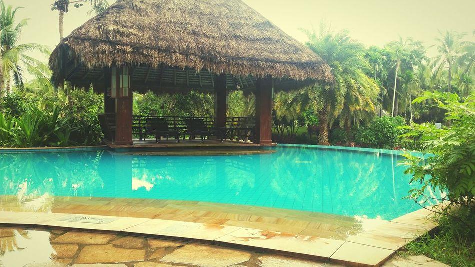 Poolside. Pool Chillspot Hangout