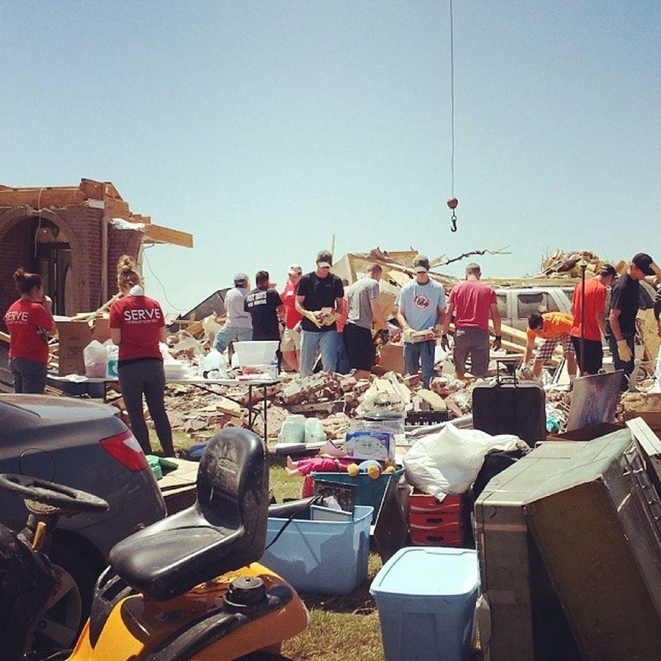 Sifting through the rubble. Artornado Arkanstrong Stormdamage