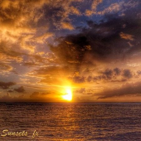 Presenting today's sunsets_fx_ featured artist: alexmena31 show your appreciation for this outstanding artist by leaving a like and visit their amazing gallery! Photo selected by peacenmusic9_ud_ru For your chance to be featured: follow: sunsets_fx_ tag: #sunsets_fx