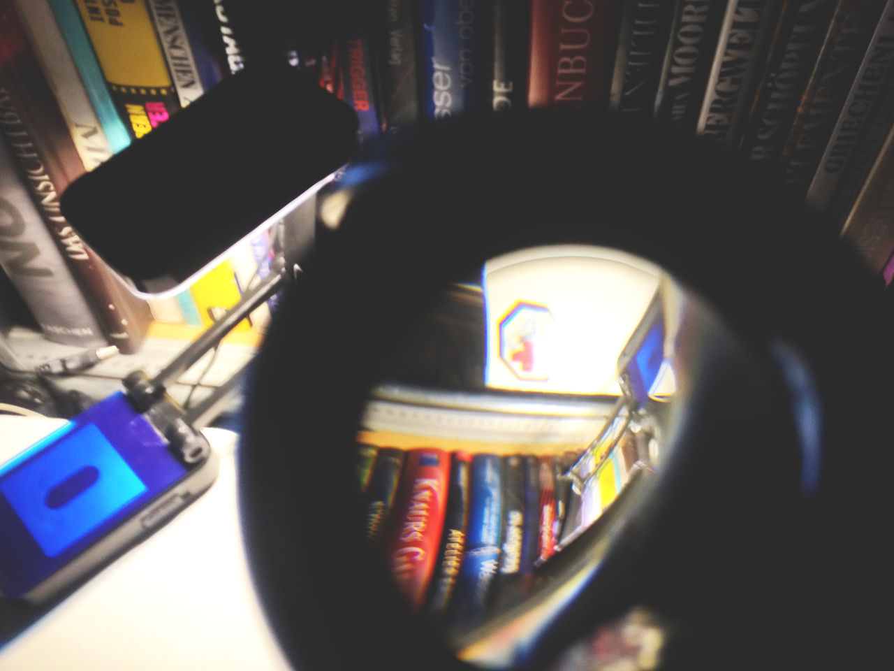 Books Close-up Communication Control Depth Of Field Focus On Foreground Illuminated Indoors  Large Group Of Objects Linsen Multi Colored Music Night Old-fashioned Selective Focus Stellen Bilder+ Schriften Auf Dem Kofp Dar Still Life Table Technology Text Variation Western Script