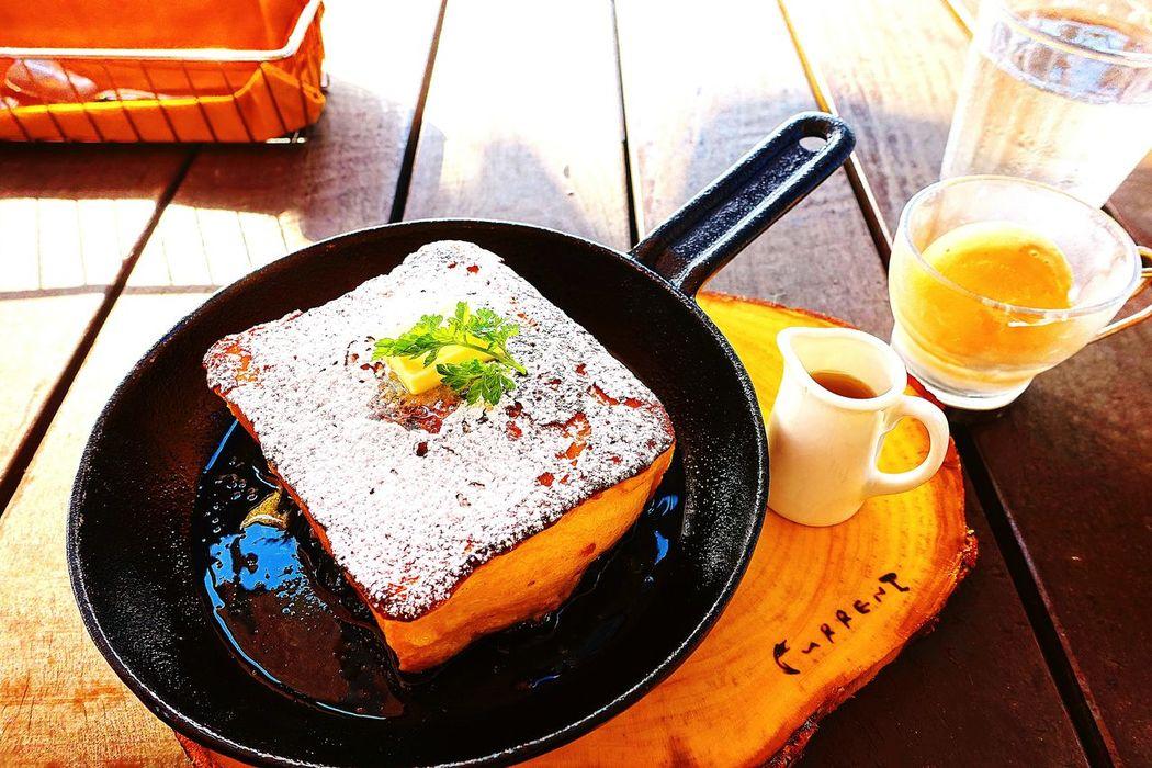 フレンチトースト Frenchtoast Sweet Dessert Hi! Taking Photos Cafe Cafe Time Relaxing Check This Out Hanging Out Hello World Sweet Food Sweets That's Me Enjoying Life Cheese! Eat