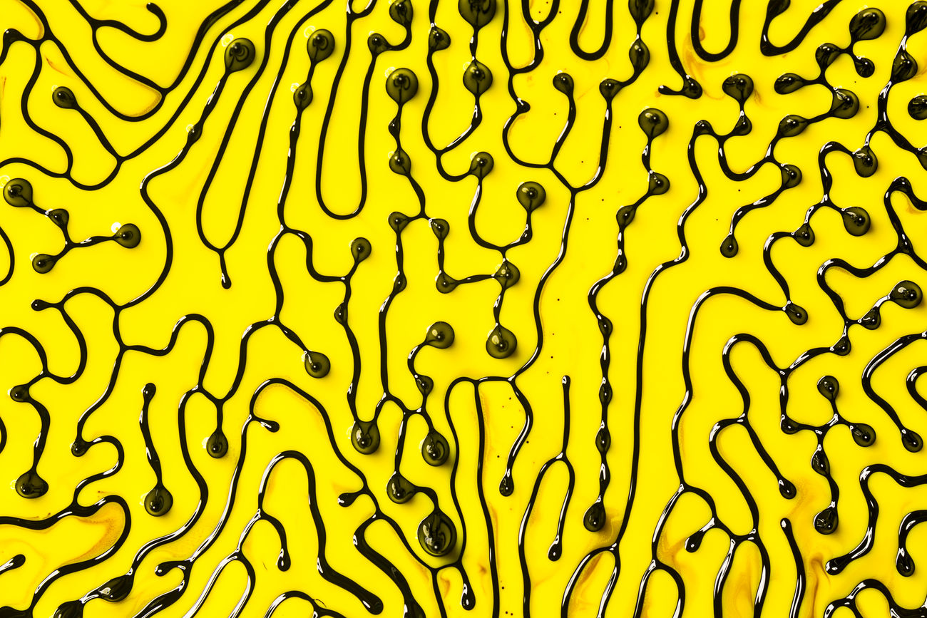 abstract mix of magnetic fluid and oil paint Colors Abstract Art Is Everywhere ArtWork Backgrounds Black Colorful Creativity Ferrofluid Full Frame Inc Lines Lines, Shapes And Curves Magnetic Network Networking Oil Oil Paint Oil Painting Pattern Texture Yellow