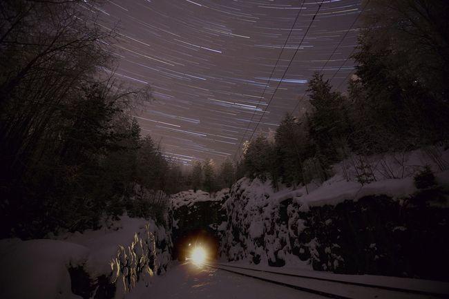 Startrail train closin... Long Exposure Nightphotography Train Railroad Winter Canon 5dMarkⅡ 1635mm Stars Trailing