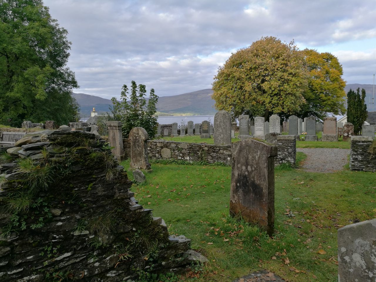 Picked my burial site. Graveyard Beauty Tombstone LochLomond Scotland Scotland 💕