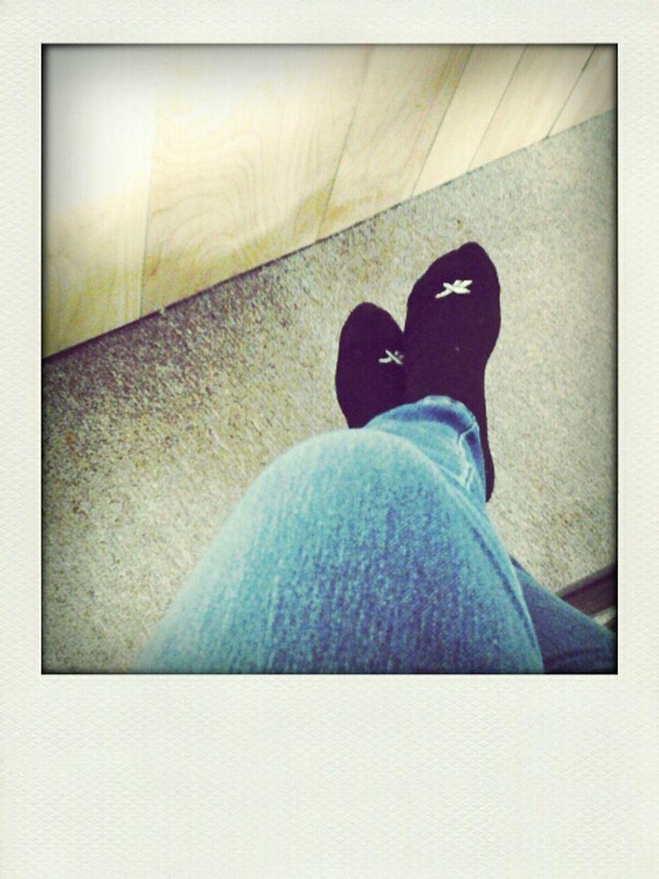 I go shoeless.