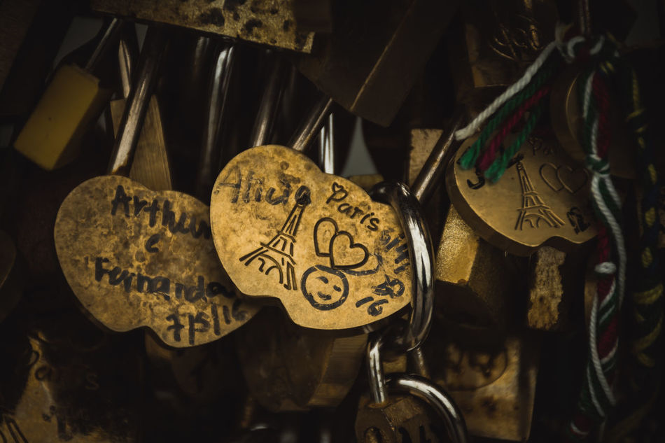pont neuf love locks.. Close-up Communication Day Feeling The Love Indoors  Love Love Locks Love Locks Bridge No People Padlock Paris Pont Neuf Text