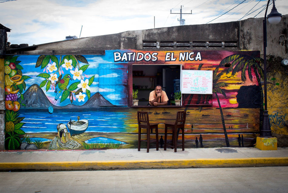Humans of San Juan del Sur, Nicaragua. Art Batidos El Central America Circle M Nica Nicaragua Outdoors Painting Restaurant San Juan Del Sur , Nicaragua Shop Smoothie Street Street Art Streetart Travel Photography Worker Workers
