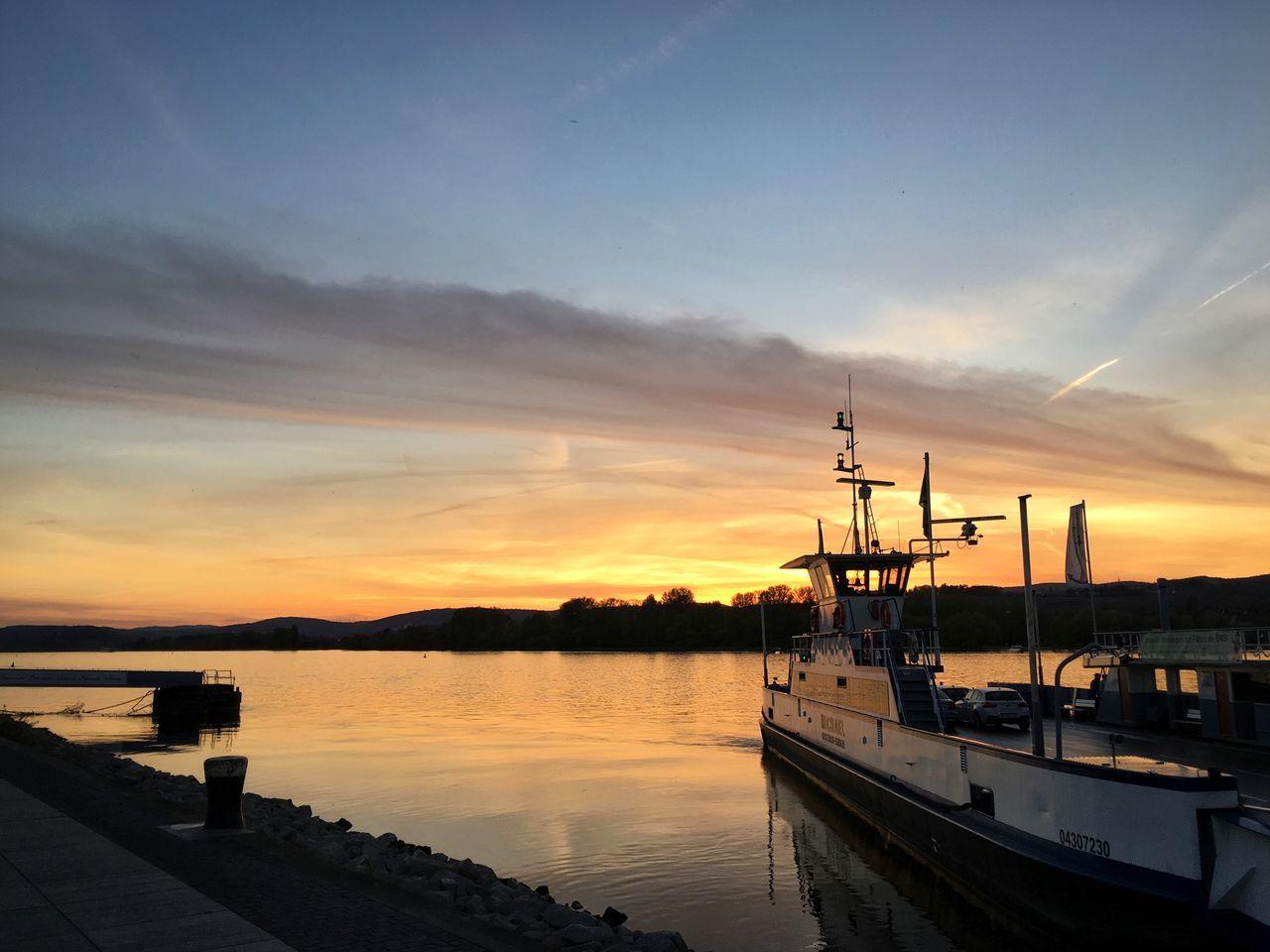 Rhein Sonnenuntergang Sunset Ferry Ingelheim enjoyed a wonderful sunset :) beautiful every time again and again