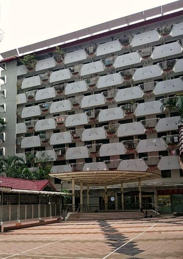Selegie House housing estates... Snapseed IMography Singaporestreetphotography 3XSPUnity Building Exterior Architecturephotography Smartphonephotography Sonyxperiaphotography Mobilephotography Landmark