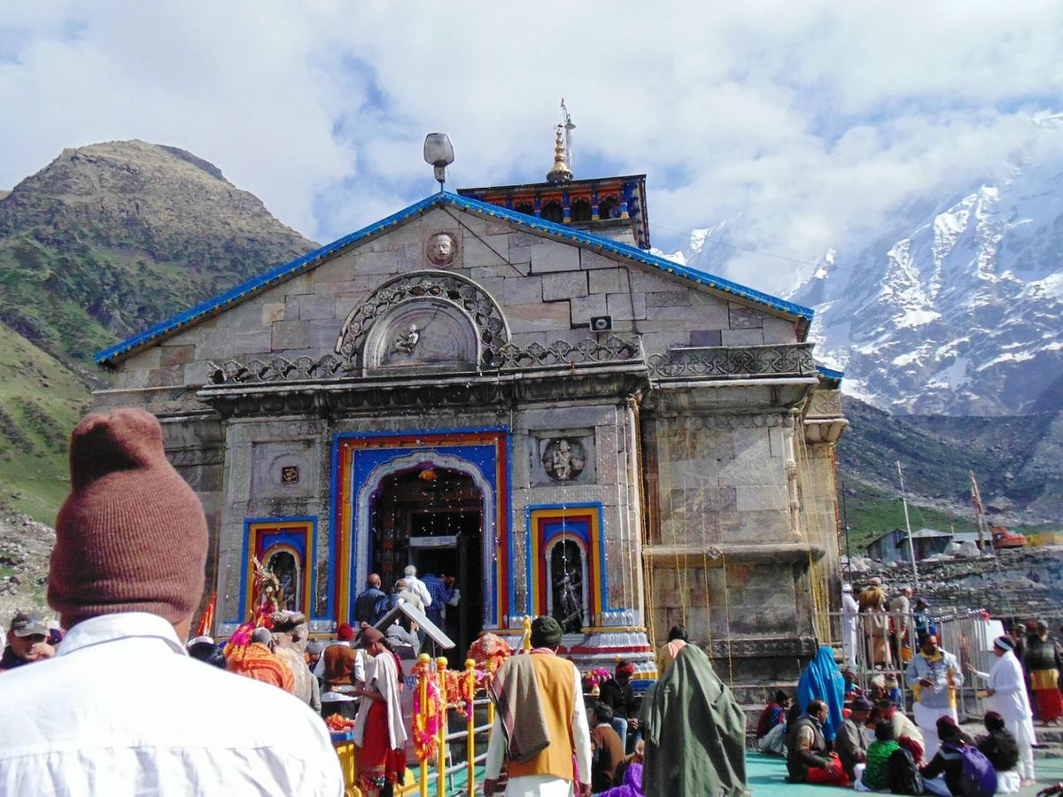 On The Way Kedarnath_temple People Worshiping God in Uttrakhand Adapted To The City Uniqueness EyeEmNewHere Himalayanwonders Himalayan Mountains SpringSeason Landscape Photography Temple - Building Templesofuttarakhand Temples Of Heaven Temple Architecture Templephotography