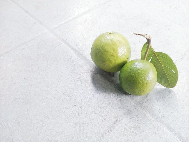 Bayabas. Bayabas Fruitporn Green Freshness Peak Season Plants 🌱 Bayabas Tree Rule Of Thirds