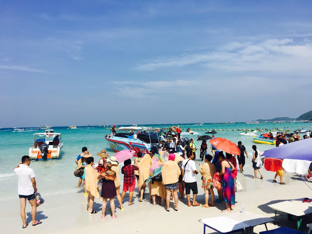 Large Group Of People Beach Outdoors Sea Iphonephotography Bestoftheday Selective Focus Travel Destinations Awesome_view AdventureRandomness Shot Of The Day Horizon Over Water Blue Sea Blue Sky And Clouds People @ Pataya Beach Thailand