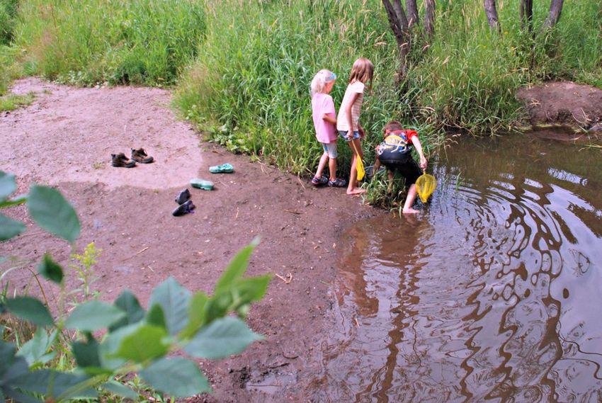 Children & Water Play Minnesota Outdoors Fun Nets Water Wet