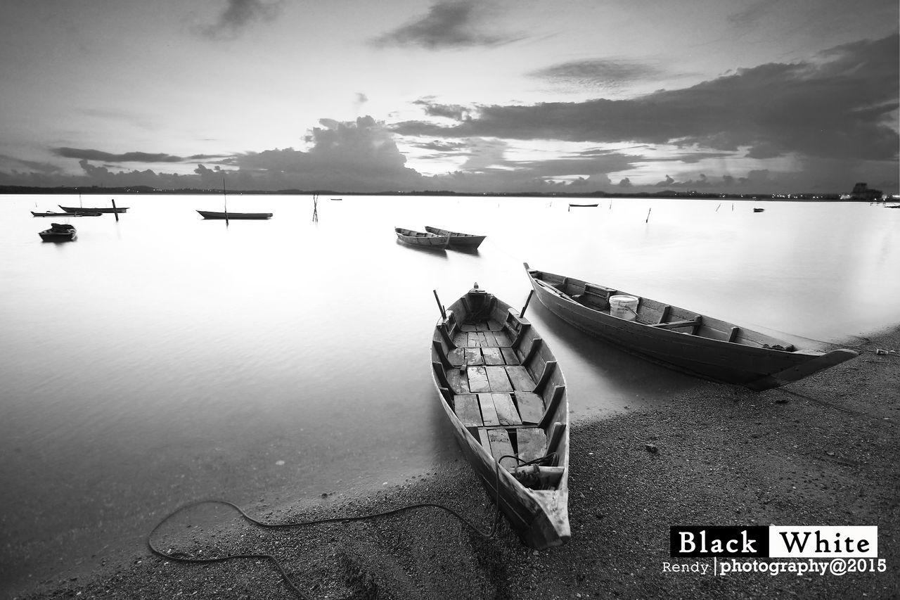 Monochrome Monochrome Photography High Angle View Beauty In Nature Cloud Ocean Day Nature Remote Water Boat Transportation Flowing Flowing Water Pesonaindonesia_id Wonderfulindonesia Wonderful Place Mode Of Transport
