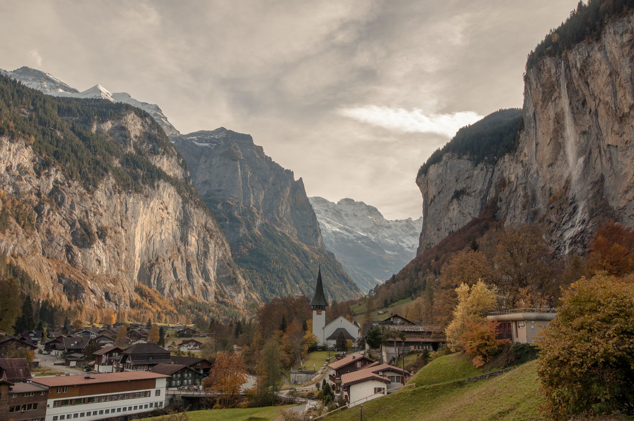 Welcome to Bruchtal ;) Alps Beauty In Nature Bern Berneseo Cloud - Sky Day Landscape Lauterbrunnen Lauterbrunnen Valley Mountain Mountain Peak Mountain Range Nature No People Outdoors Scenics Swissalps Switzerland Tourism Travel Travel Destinations Vacations Wengen