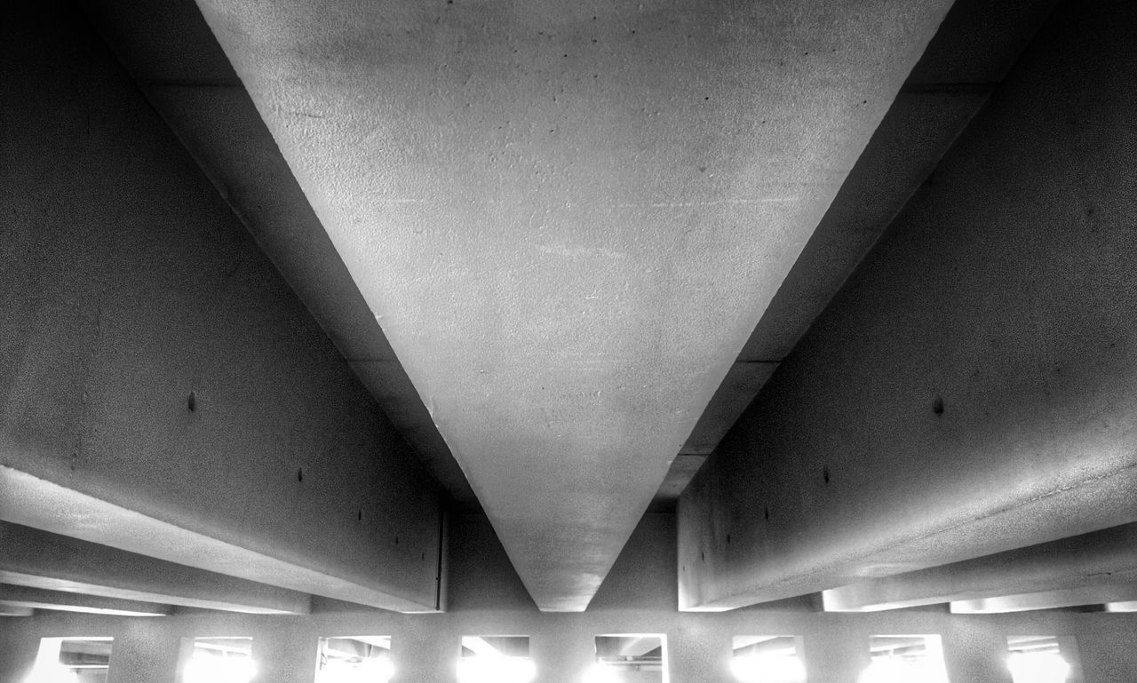 Ceiling Architecture Indoors  Built Structure Illuminated No People Low Angle View Architectural Column Day Parking Garage Awesome Awesome_shots Parking Garage Underground Shadow Architecture_collection Architectural Feature EyeEm Best Shots Eye4photography  EyeEmBestPics Cahors Photography Photooftheday Black & White