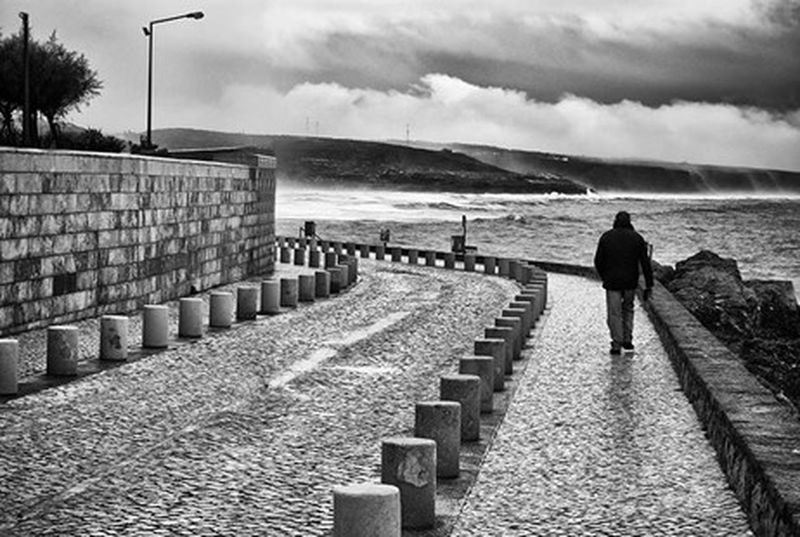 Rear View Cloud - Sky Sky Full Length Walking Outdoors Sea Beach People Day Adult One Person Horizon Over Water Adults Only Mafra, Lisboa, Portugal