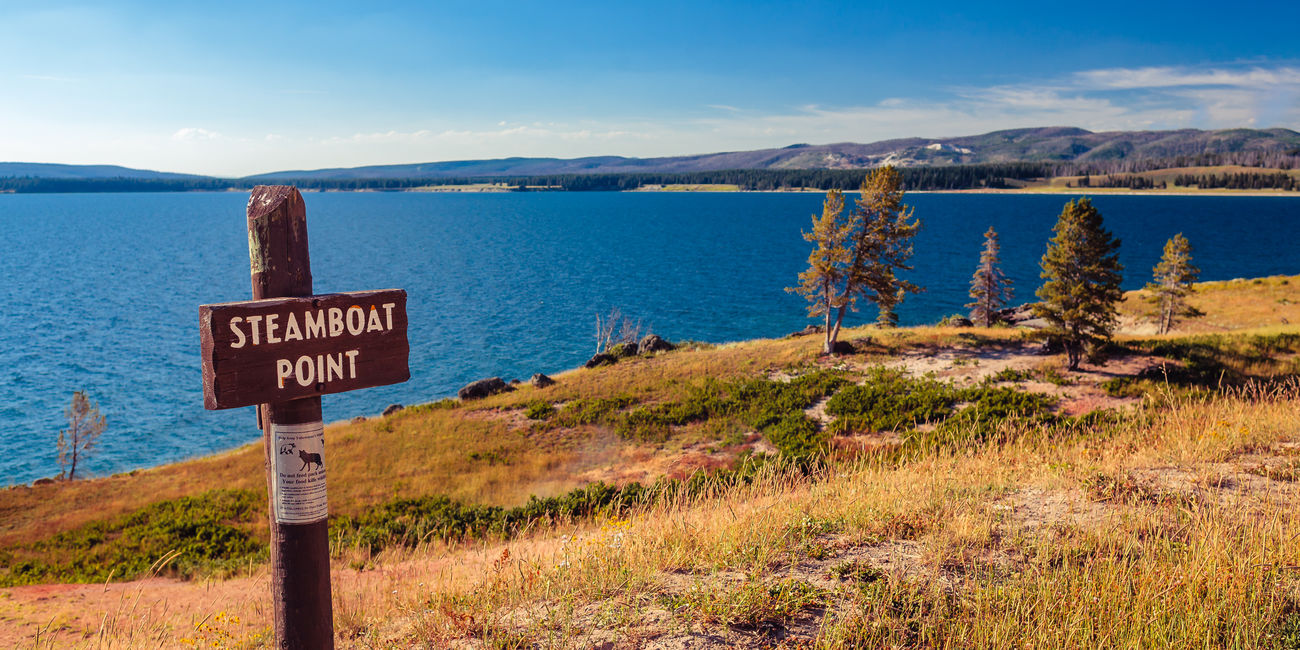 Beauty In Nature Information Sign Landscape Mountain Range Nationalpark Nature Sign Steamboat Point Water Wyoming Yellowstone Lake Yellowstone National Park