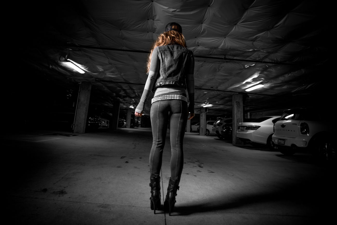 Weekend fun Parking Garage Photoshoot Walkaway Walk This Way Underground Splashofcolor Blackandwhite Fashion&love&beauty Legs Check This Out Acsessories Boots Out For A Walk Hi! Photo by