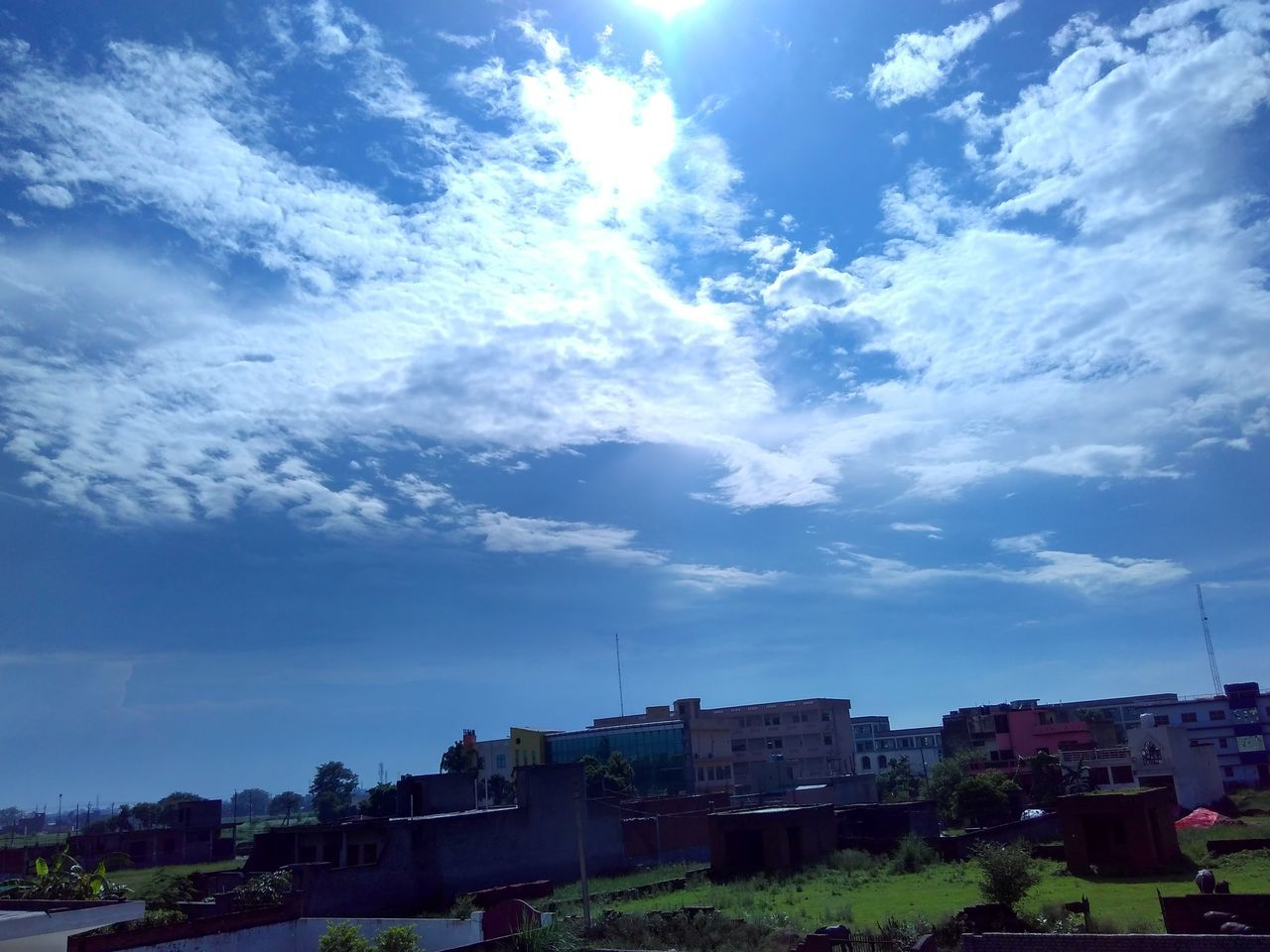 building exterior, sky, built structure, architecture, cloud - sky, house, outdoors, residential building, day, no people, nature, tree, city, beauty in nature, cityscape