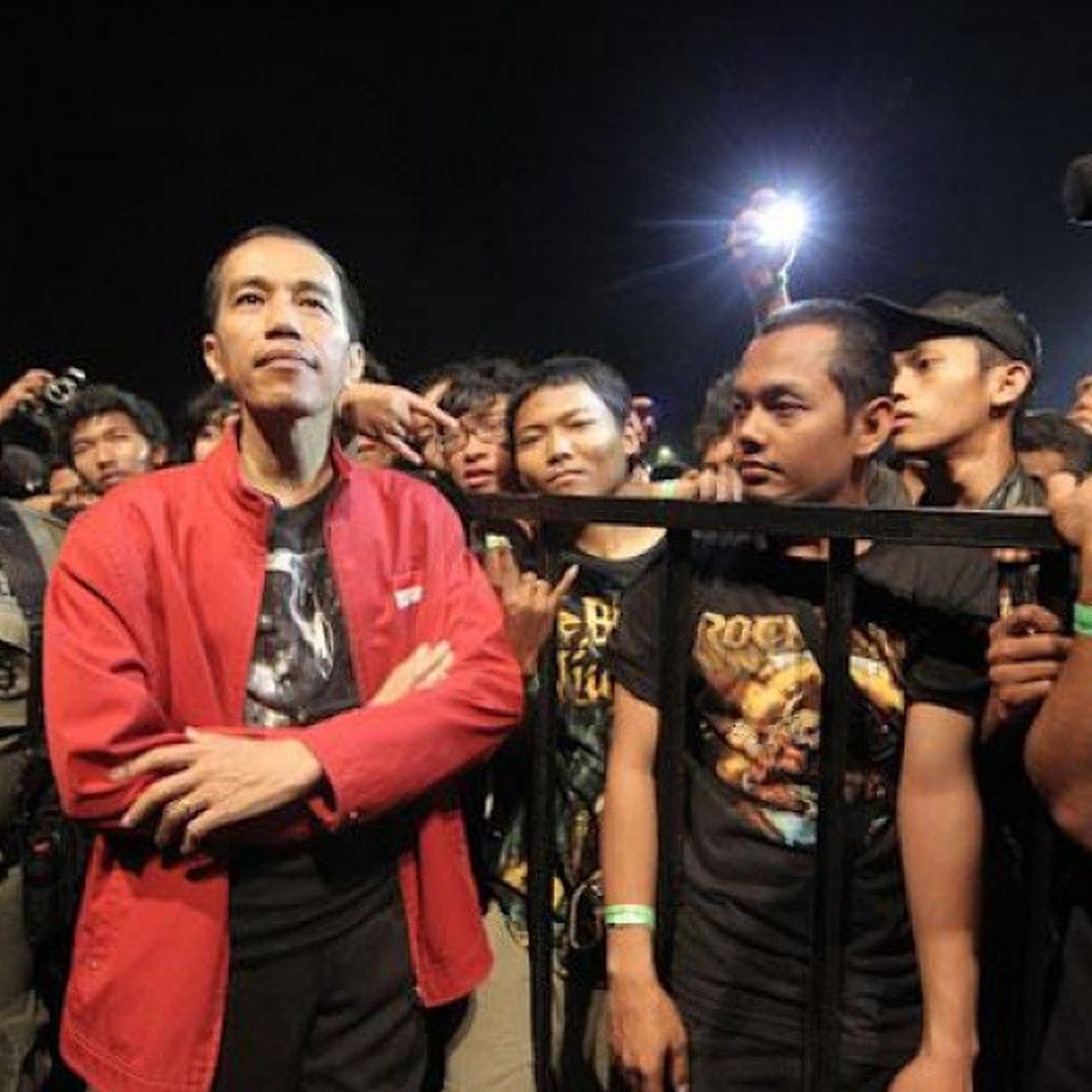 Irjokowi Presiden Metal INDONESIA Live RIS2013 Day1 Stage Crowd